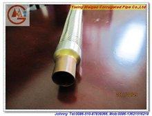 El cobre aleó la manguera del metal flexible con la manguera del aire acondicionado de la trenza