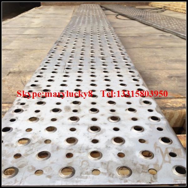 Stainless Steel Stair Tread Perforated Steel Stair Treads