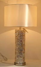 Popular in Persian Gulf wholesale metal base cylinder shell desk lamp with white fabric lamp shade for hotel decor