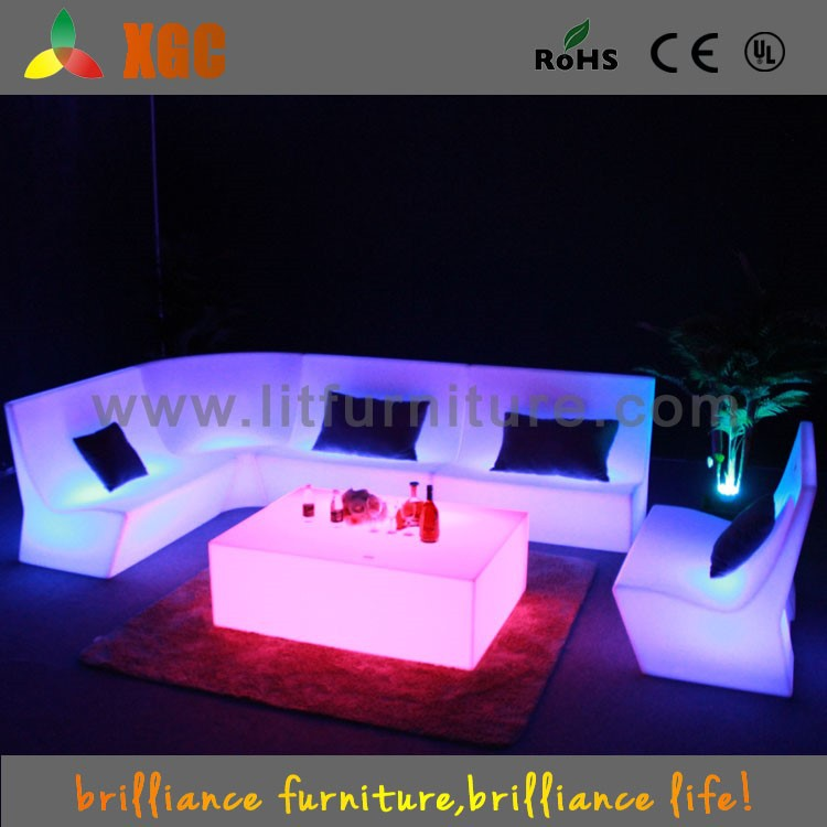 Elegant chaise lounge chesterfield sofa chase lounge sofa for Billige sofas