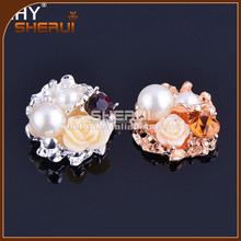 Ivory Vintage Pearl Flower Resin Cluster Sparkling Rhinestone 23mm Buttons