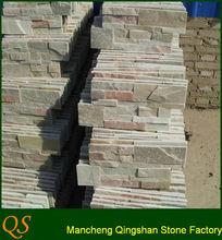 borde de jardín de piedra natural