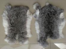 China Supply Natural and Thick 100% Real Rabbit Pelt/Skin