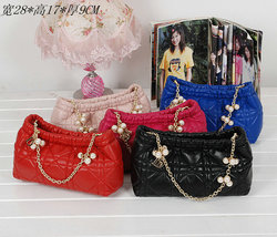 Six colors ladies real leather bags with pearl body strap