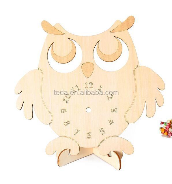 Owl Design wood Table Clock