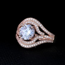 2015 fashion design personalized ring / rose gold metal inlay zircon crystal ring
