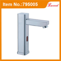 Hot selling single temperature Bathroom low price brass ss sink faucets
