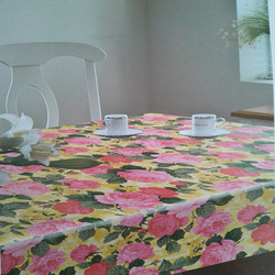 High-quality Transparent Platisc Tablecloth with Roses Pattern