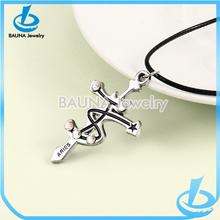 Simple fashion cross titanium steel men's necklace pendant
