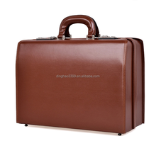 Newly Design Retro Style Men Leather Business Bag,Portable High Quality Travel Bag in 2015