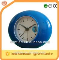 Oval smooth crystal table alarm clock