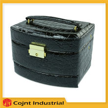 factory offer customizable high-end croc makeup artist cosmetic train PVC leather case