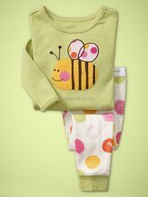 cheap wholesale baby girls bees sleepwear with long sleeve and pants