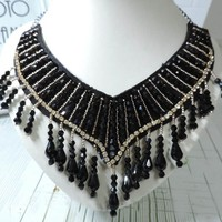 European and American fashion jewelry wholesale ethnic style plastic items tassel necklace fake collar women