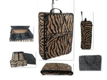 New Design Foldable Built-in Aluminum Trolley Luggage Case