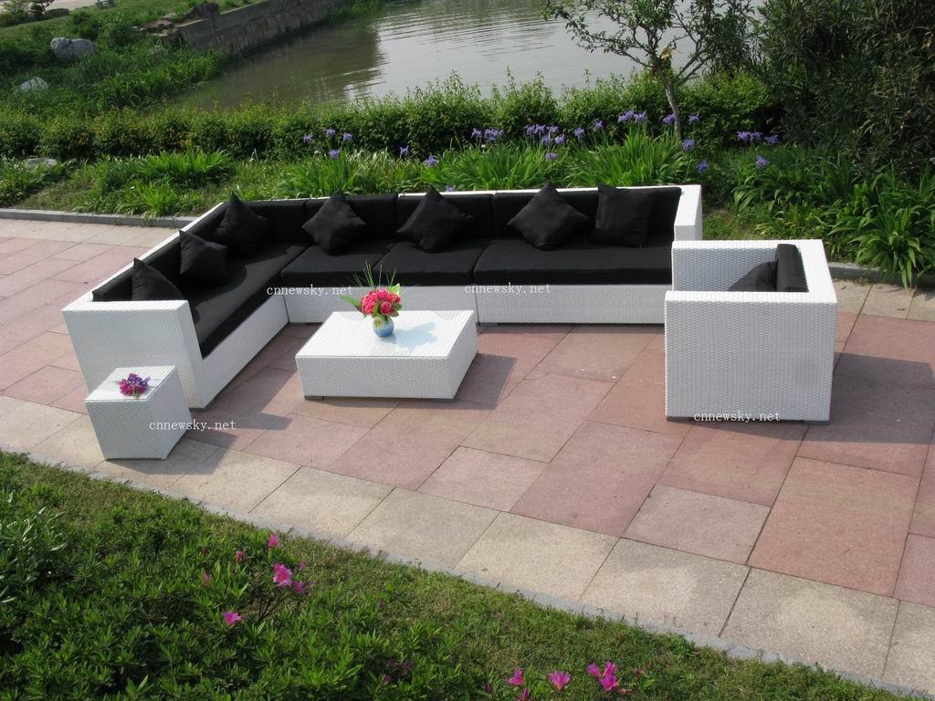 salon jardin alinea tapis rond alinea with classique chic. Black Bedroom Furniture Sets. Home Design Ideas