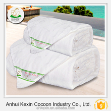 2015 Hot sale fashion design bed sheet set& curtain super soft silk duvet
