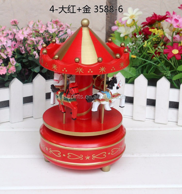 2016 Wooden Christmas Wind Up Carousel Music Box Christmas Decoration Wooden Carousel Music Box