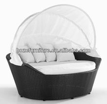 White Wicker Rattan Day Beds/ Round Bed Sun Lounger