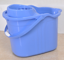 High quality plastic cleaning product mop bucket with wheel