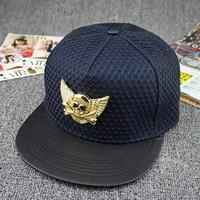 Navy 5 panel mesh covered crown decorative metal skull with wings snapback caps metal wings snapback hat for girls (SU-HPS120)