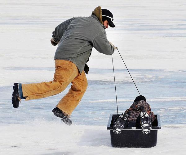 Plastic hunting sled view hunting sled kudo oem product for Ice fishing plastics