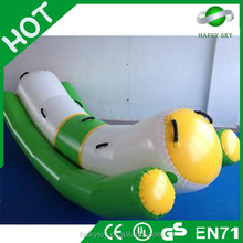 2015 hot Fashion design water park tube,lake inflatables water games,water jigging bed
