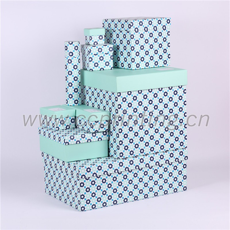 black and white striped gift box (182).jpg