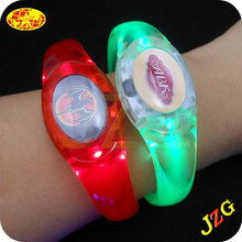 Led flashing bracelet cheap promotional gift sound activated led bracelet party supplies glow in the dark wristbands for events