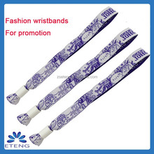 Popular Event And Party Supplies Help You Produce Personalized Club Members Wristband