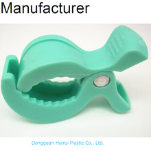 Green safety baby peg plastic clamp alligator pram clip