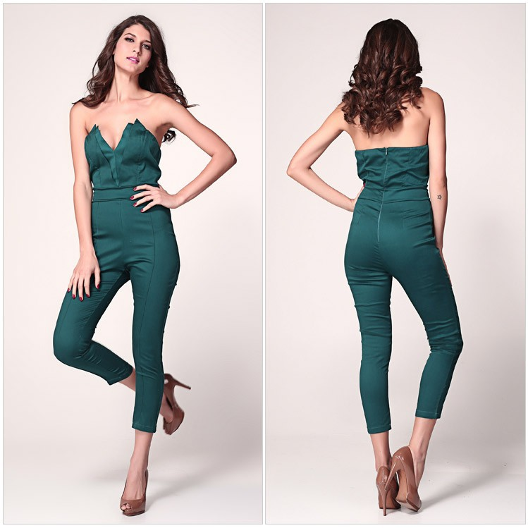 Model Ready To Get It Popping This Holiday With The Most Fab Dresses, Rompers And Jumpsuits On The Market For Chiccheap? If So, Take A Peek At 10 Freakumstyle Outfits That Are A Must For New Year Celebrations! The Styles Below Are A Mixture