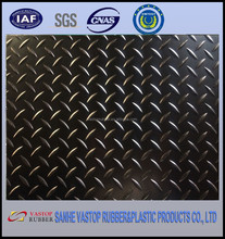 UV/Aging Resistant Checker Plate Boat Rubber Mat