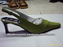 new invention ! magnetic levitating led display stand for shoe woman