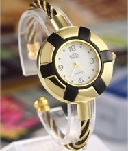 2015 New Arrive Watches Fashion Hour Marks Round Dial Case Wristwatch for Women