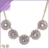 Europe Hot Sale Gold Chain Flower Collar Pretty Fashion Jewelry Necklace Fashion Long Chain Necklaces