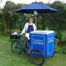 ice cream bike / box tricycle bike/family cargo tricycle