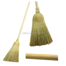 Roofer Natural Straw Broom