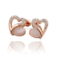 Heart shaped opal earrings with rhinstone crystal