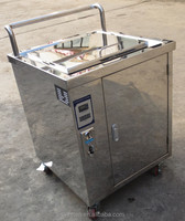 Ultrasonic golf club cleaner machine with token operated with counter