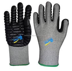 13 Guage Cut resistant HPPE Coated Black latex Rubber High impact gloves China New Products