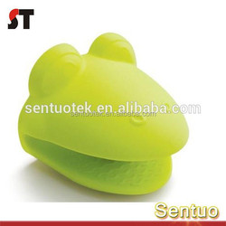 High quality injection moulding auto plastic clip
