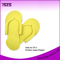 Yellow Eva Pedicure Supplies Custom Disposable Slippers For Nail Care