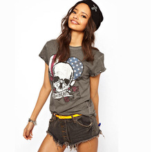 8117 European and American women's Wild at Heart Wild at Heart skull cuff rivet American roses