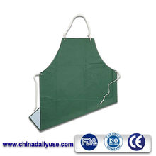 Good quality green waterproof eco-friendly pvc plastic apron for garden