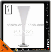 clear driking champagne glass with pearl stem