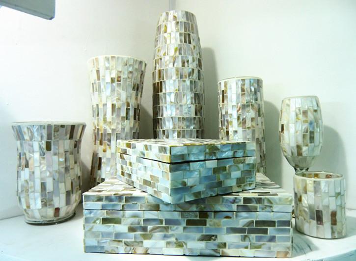 antiguo mosaico concha decorativos piso jarrones altos