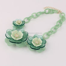 Top Quality China Jewelry Manufacture Wholesale Necklaces Jewelry Fashion Acrylic Beads Green Flower Resins Necklace