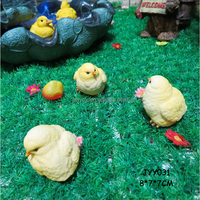 Home decorative resin material chicken figurine