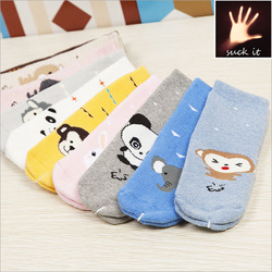 2015 New autumn and winter monkey and bear pattern Terry thickened baby socks cute cartoon sock children animal stockings